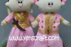 kado-boneka-wedding